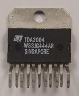 TDA 2004 SQL11 NF 2x10W