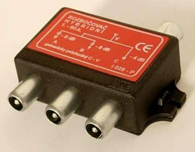 I028-P TV rozbočovač 3x hybridní